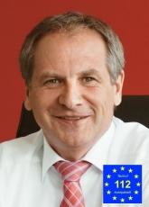 Innenminister Reinhold Gall mit Notruflogo Schirmherr-230